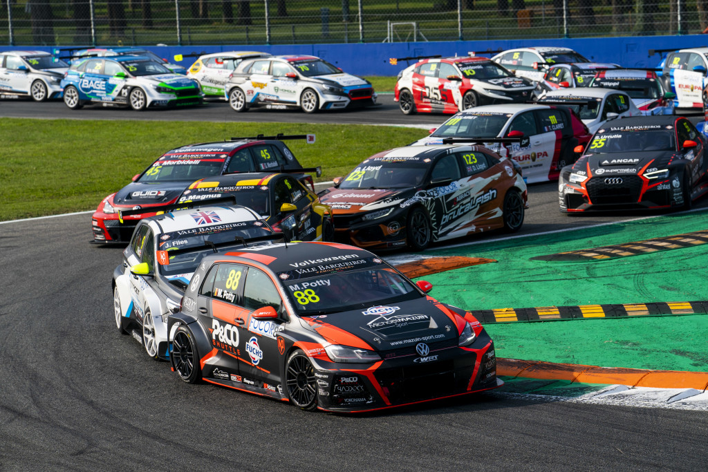 Potty_Maxime_TCR_Europe_Monza_1